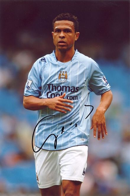 Geovanni, Manchester City, Brazil, signed 12x8 inch photo.